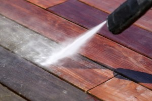 nettoyage terrasse bois haute pression